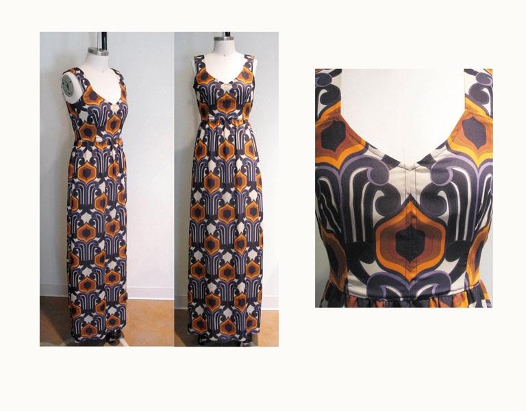 mucha-dress